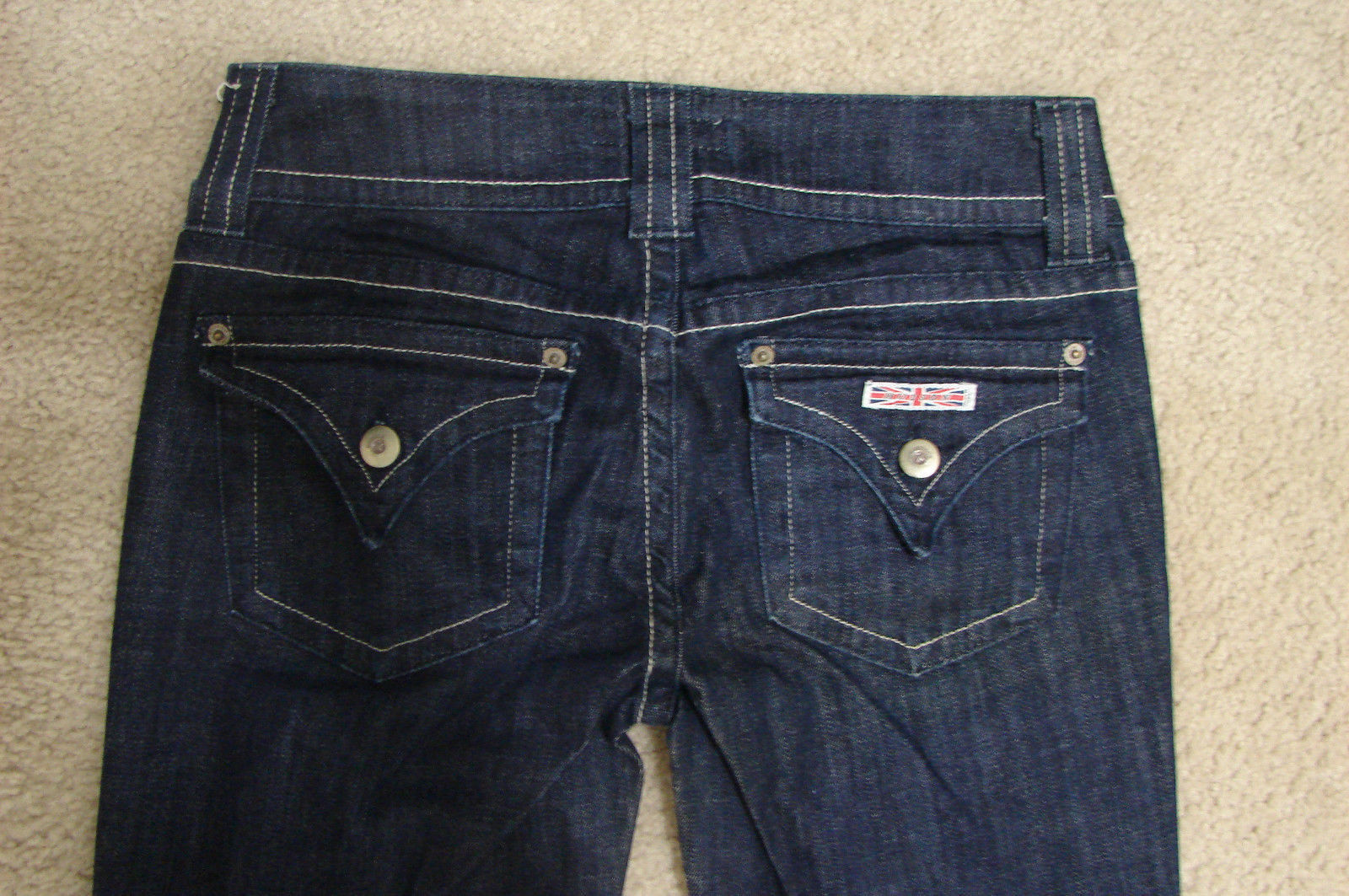 HUDSON Dark Beth Baby Boot Cut Triangle Flap Jeans NEW 27 30