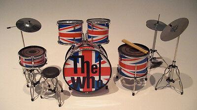 RGM338 THE WHO Union Jack Miniature Drum kit