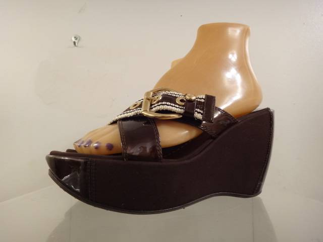 Stuart Weitzman Women's Brown Patent Leather Stripe Nylon Wedge Sandals Size 7 M