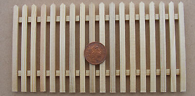 1:12 Scale Natural Finish Set Of 4 Picket Fence Pieces /& Gate Tumdee Dolls House