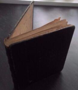 Confessions De Ninon de Lenclos E. Moret París ABE Impresión Frontispicio Título