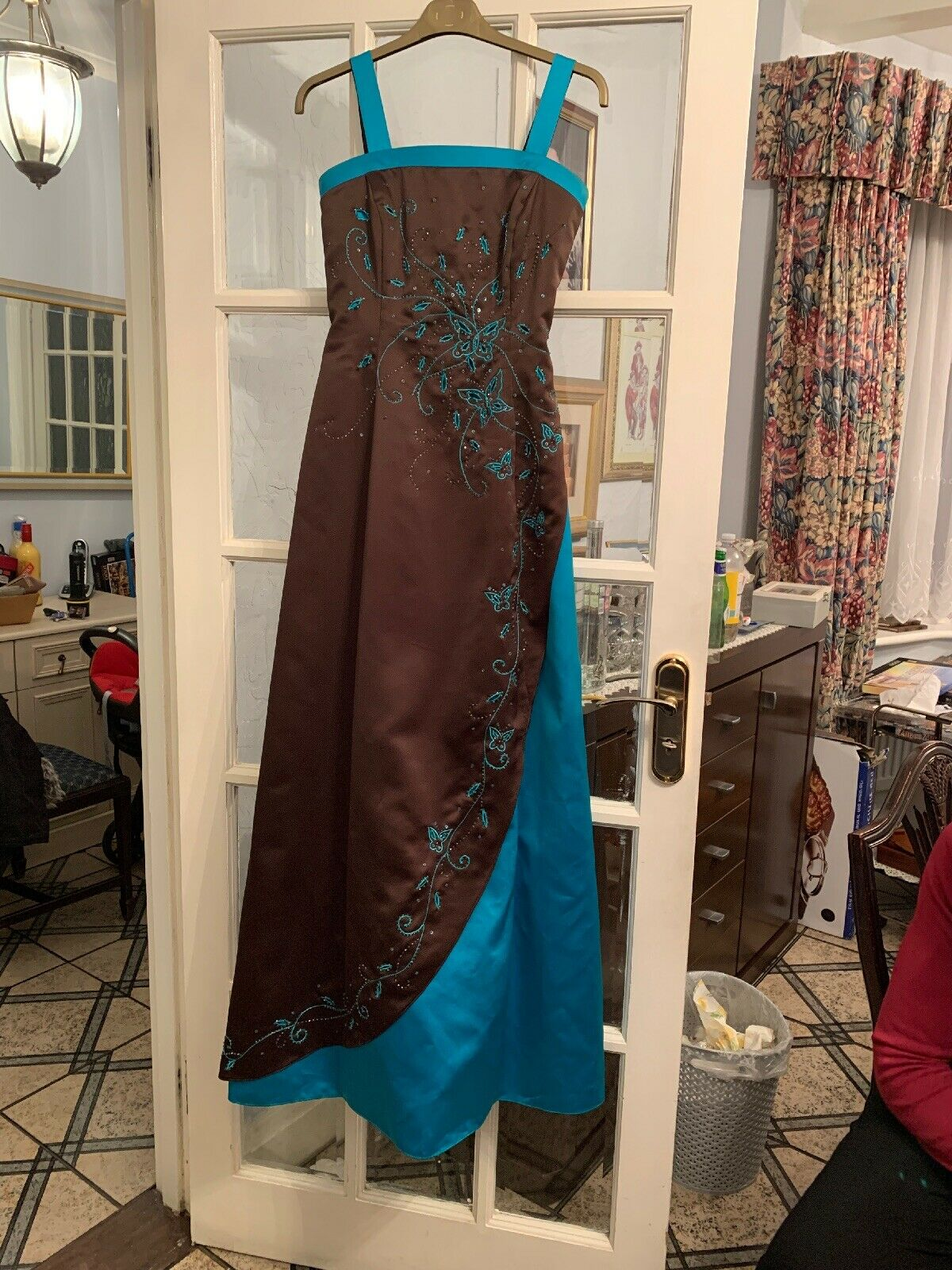ball gown size 8 Fully Lined And Net Underslip At Bottom