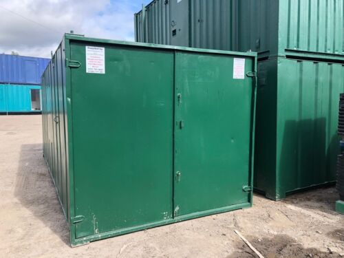 LOOK! 21ft x 9ft  STORAGE CONTAINER NOW WITH A £100 OFF THE  PRICE BURY!!!