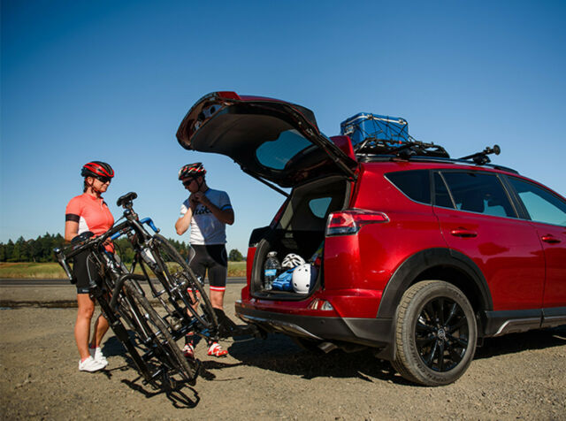 Yakima Holdup 2 >> Yakima Holdup Evo 2 Bike 2 Trailer Hitch Receiver Platform Style Bicycle Racks
