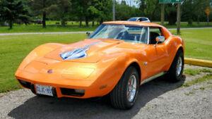1976 corvette stingray. Factory air conditioning.