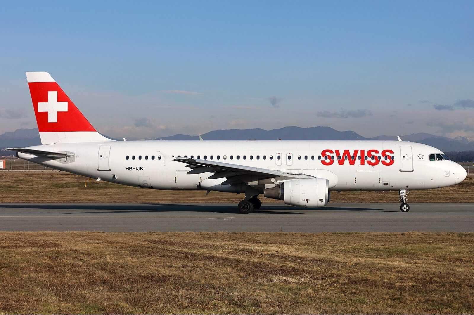 Jfox 1 200 JFA320028 Swiss International Airlines A320-214 Hb-Ijk W   Stand