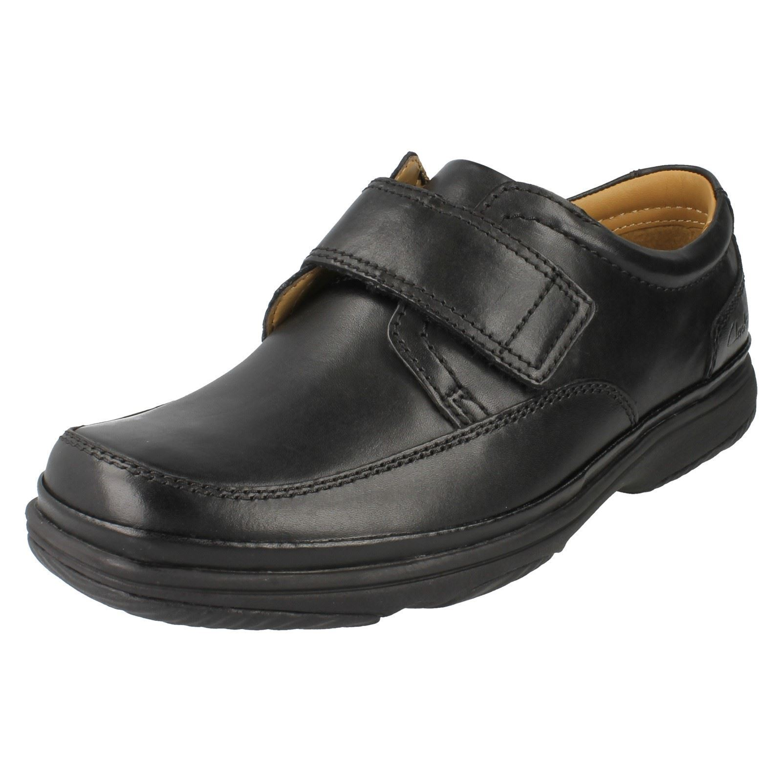Clarks 'Swift Turn' Mens Black Wide Fit Shoes