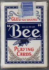 JEU DE CARTES DE POKER   BEE PLAYING CARDS   JOUEES AU TREASURE ISLAND LAS VEGAS
