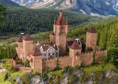 Burg aus dem Mittelalter mit LED-Beleuchtung Funktionsm Vollmer H0 49910 Neu