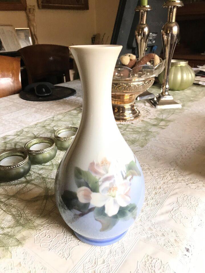 Porcelæn, Spildt mælk - Produktion 1915 – 1948, Bing og