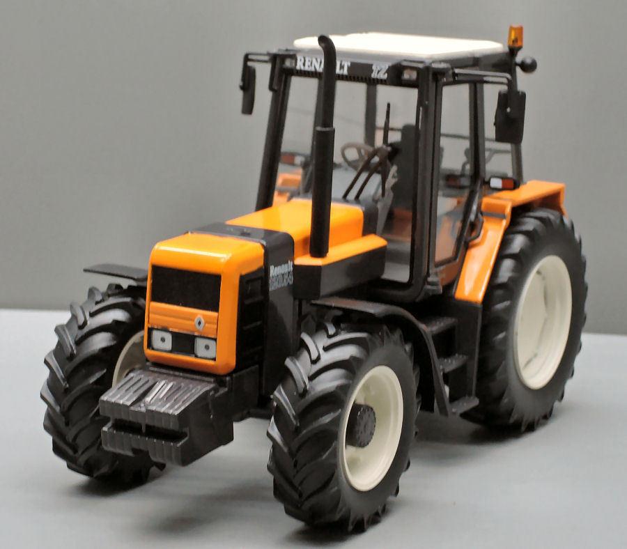 Renault 120 54 TZ Tractor 1 32 Model REPLICAGRI