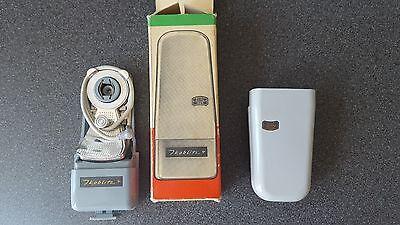 Geschickt Zeiss Ikon Ikoblitz 4 Blitzgerät In Originalverpackung Top Zustand Aufsteckblitz Hitze Und Durst Lindern.