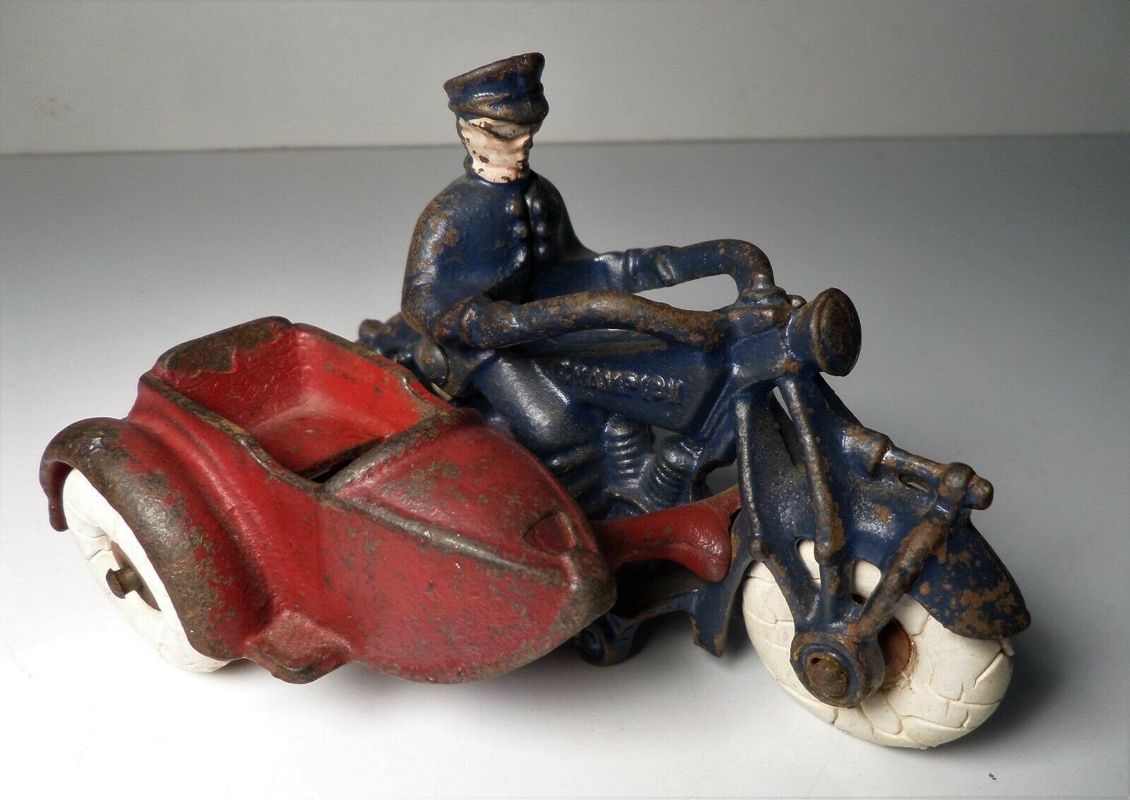 1930's Cast Iron Antique Antique Antique Champion Police Cop Motorcycle w  Sidecar 5  2be7cd