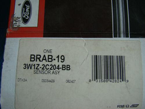 NOS 03 04 Crown Victoria Town Car Grand Marquis ABS Sensor 3W1Z2C204BB BRAB19
