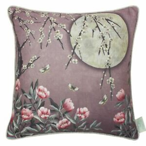Ange-Strawbridge-The-Chateau-Lumiere-Lunaire-Coussin-Rose-Dawn-Luxe