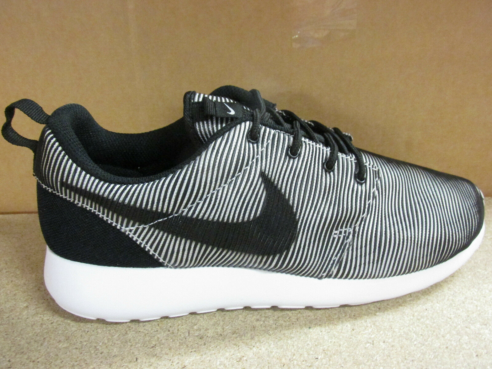 a83c5bf1b54cb ... Nike Roshe One Prem Plus Mens Trainers 807611 100 100 100 Sneakers Shoes  4d422d ...