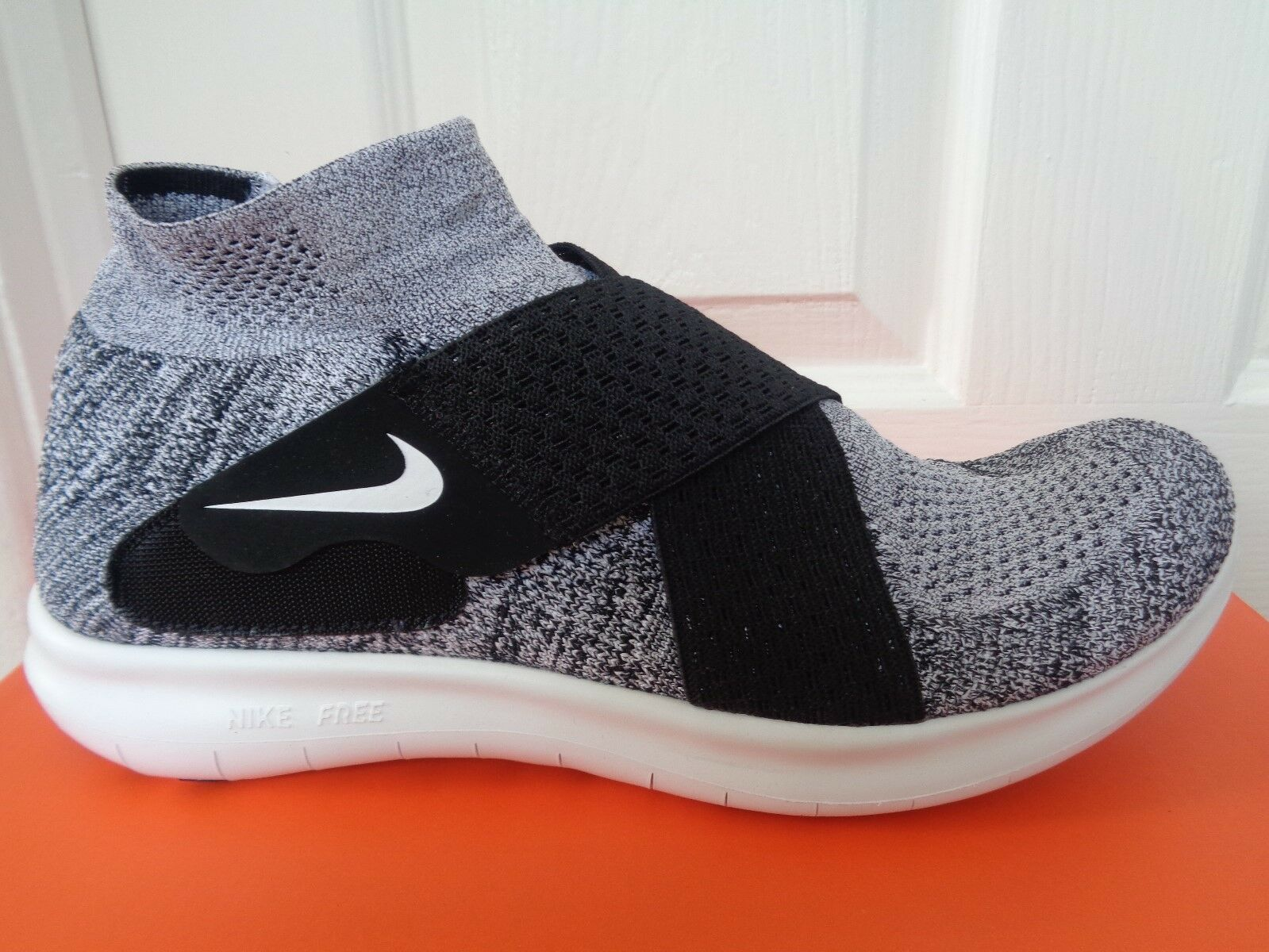 Nike Free RN Motion FK 2017 trainers shoes 880845 001 eu 42 us 8.5 NEW