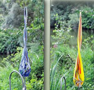 Glas twist 50 cm auf stab mundgeblasen 15000 gartendeko for Gartendeko stecker