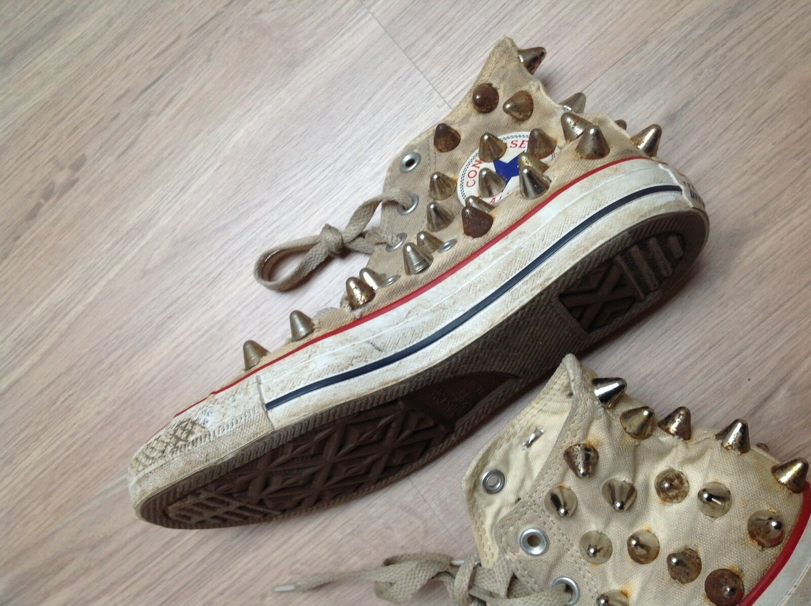 Converse ALL STAR USED LOOK LOOK LOOK mit NIETEN - LIMITED EDITION sehr gut - grösse 37,5  | Moderater Preis  9bde7a