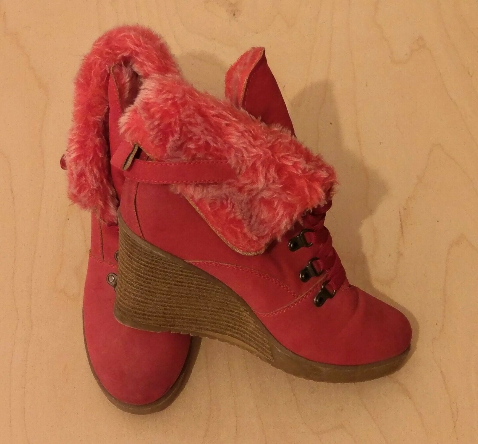 Red Faux Fur Suede Buckle Strap Lace Up Wedge Heel Warm Ankle Boots Size 6  6.5