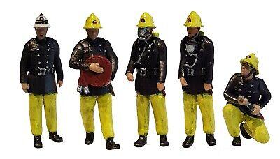 FG08  Firemen Figures unpainted TT scale