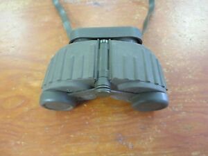VINTAGE-STEINER-8x30-Green-military-marine-binoculars-rugged-NICE