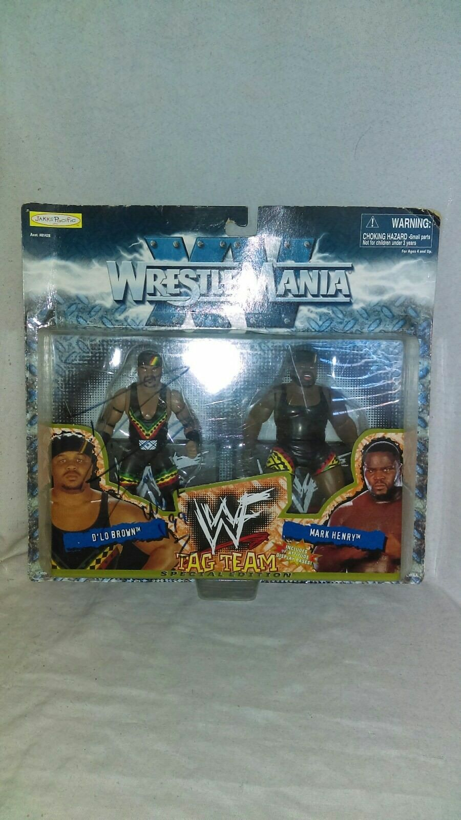 WWF WrestleMania Tag Team Special Edition D'lo D'lo D'lo Brown & Mark Henry 1998  SIGNED ca275d