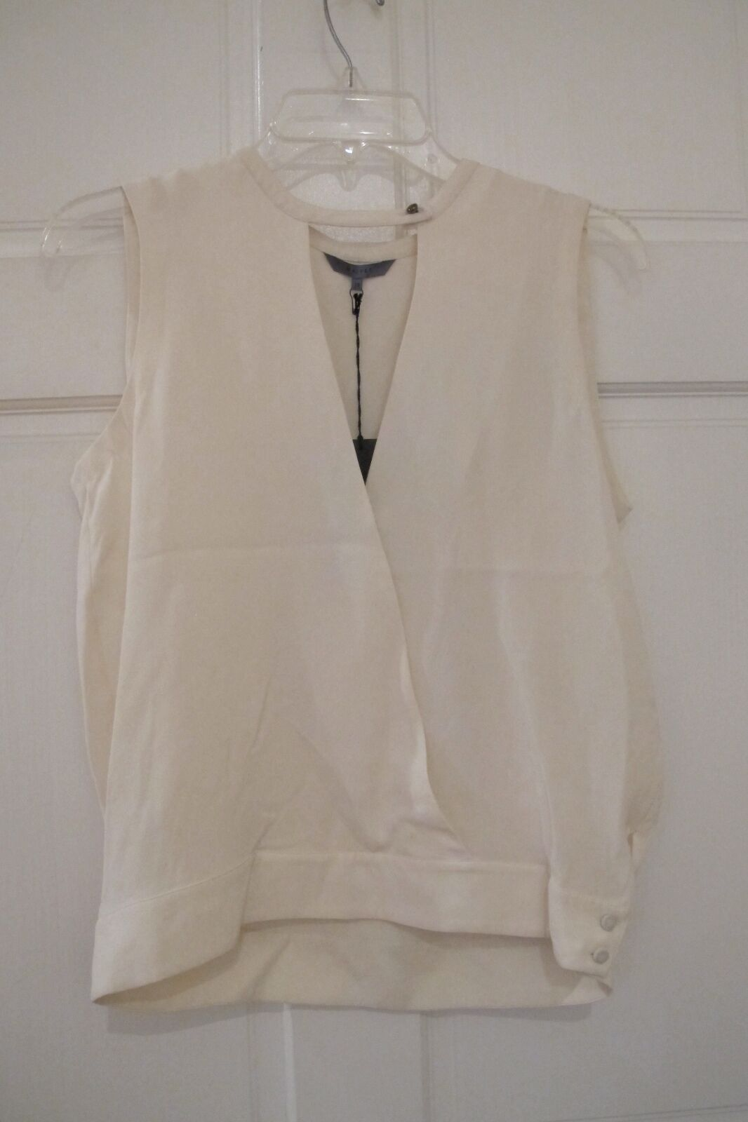 NWT Maiyet OverGrößed Top Silk Plunging Shirt Cream Wear to Work Classic  Sz 38 6