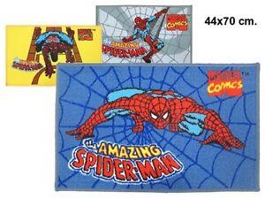 Tapis-Spiderman-70-x-44-cm-coloris-JAUNE