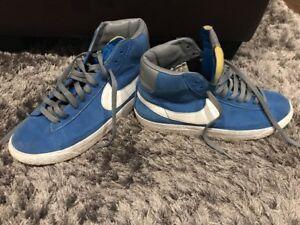 Caricamento dell immagine in corso Nike-BLAZER-MID-ALTE-SUEDE-SCARPE-da- Ginnastica- d286a2a514f