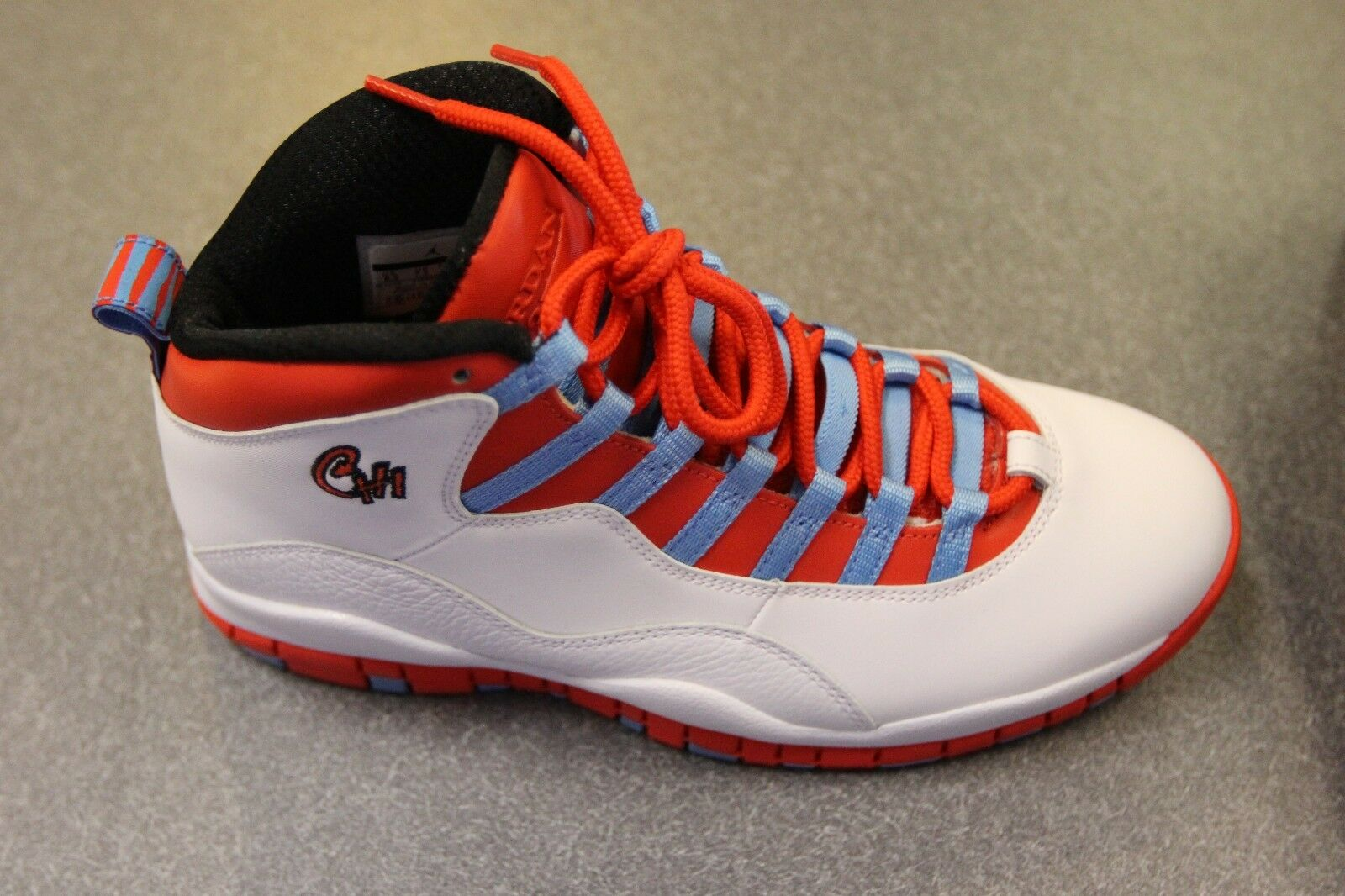 NIKE AIR JORDAN RETRO 10 (310805-114)CHICAGO  WHITE-CRIMSON-BLUE SZ 8.5