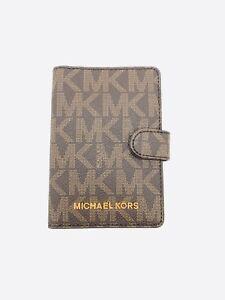 113b6510f6f25 Image is loading Michael-Kors-Jet-Set-Travel-Passport-Case
