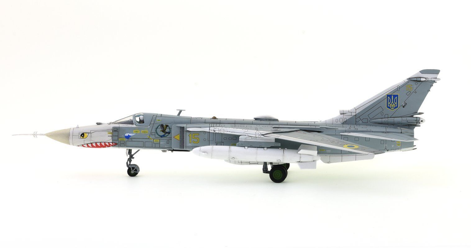 CALIBRE WINGS CA722402 SUKHOI SU-24MR FENCER, YELLOW 15 UKRAINE AIR FORCE
