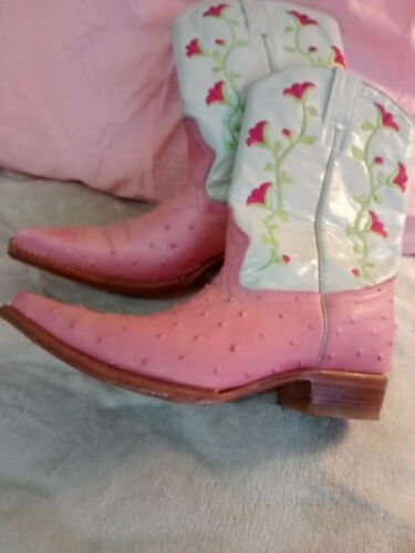 Womens cowboy boots size 9 Corral pink/white/green