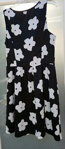 Women-039-s-KENSIE-Black-White-Floral-Fit-And-Flare-Sleeveless-Dress-Size-Medium-99