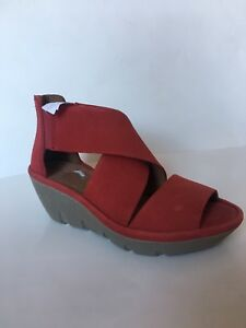 b37f521a214b Image is loading New-CLARKS-Artisan-Womens-Red-Leather-Wedge-Sandals-
