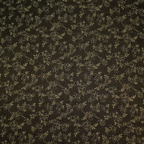 100/% Cotton Poplin Fabric Freedom Lucy/'s Lacy Roses and Floral Flowers