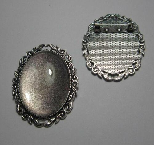 Brooch setting oval frame with 30 x 40 mm glass cab pin back leaf style silver