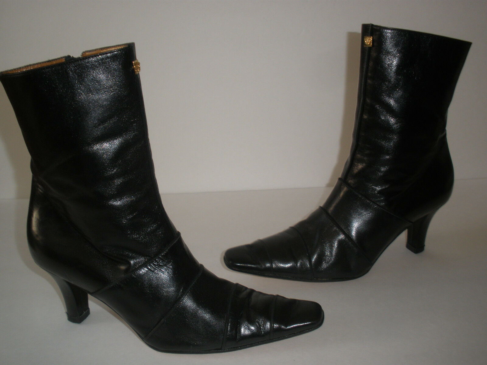@ GIANNI VERSACE BLACK LEATHER BOOTIE US 5.5  EUR 35.5  HOT SEXY MADE IN ITALY