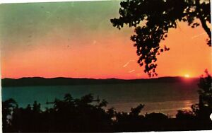 Vintage Postcard - Sunset Over Lake Champlain Burlington VT VERMONT Posted #888