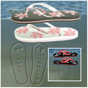 de186485d97f48 JUST MARRIED FLIP FLOPS IN WOMENS   MENS - PERFECT WEDDING ...