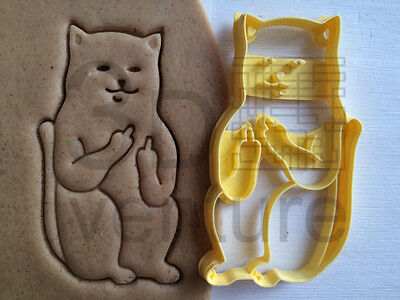 Angry Crazy Cat cookie cutterFunny Sceptical Pet Middle Finger biscuit