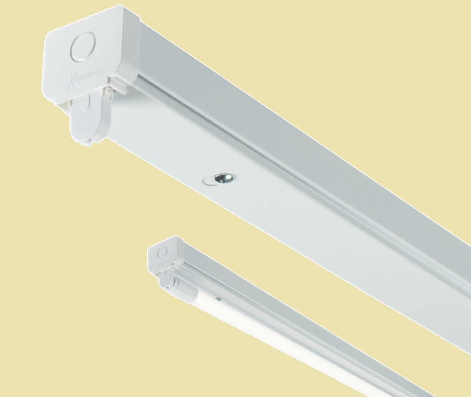 T8 LED Ready Battens x 4 (without a ballast or driver) 4,5 or 6Ft Single Double