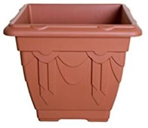 Venetian-LARGE-Square-Planter-38cm-Square-Plant-Pot-Terracotta-UV-resistant