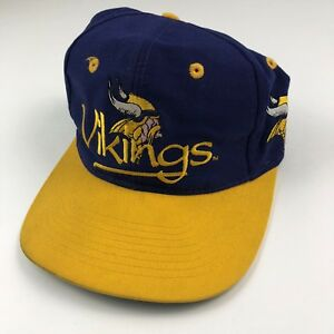 Adult One Size The Game Team NFL Minnesota Vikings Vintage Snapback ... e1f605c9df0a