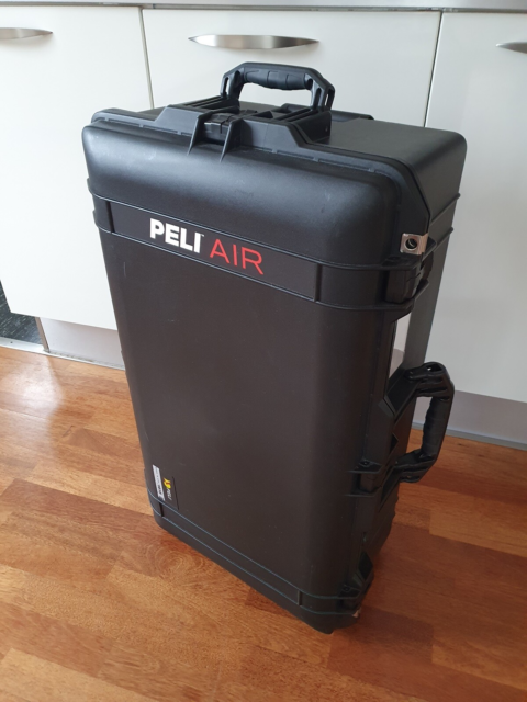 Trolley, Peli storm case 1615 AIR , b: 75 l: 40 h: 24, Peli…