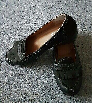 Concetto Di Comfort Più Calde Scarpe In Pelle Nera, Taglia 7-