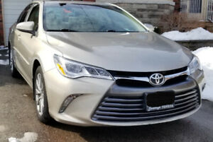 2015 Toyota Camry XLE ONLY 33000km FWD No Accidents, CARFAX