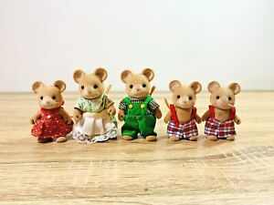 Sylvanian-Families-Vintage-Norwood-Mouse-Family-Wensleydale-Brie-Endeavour-Katy