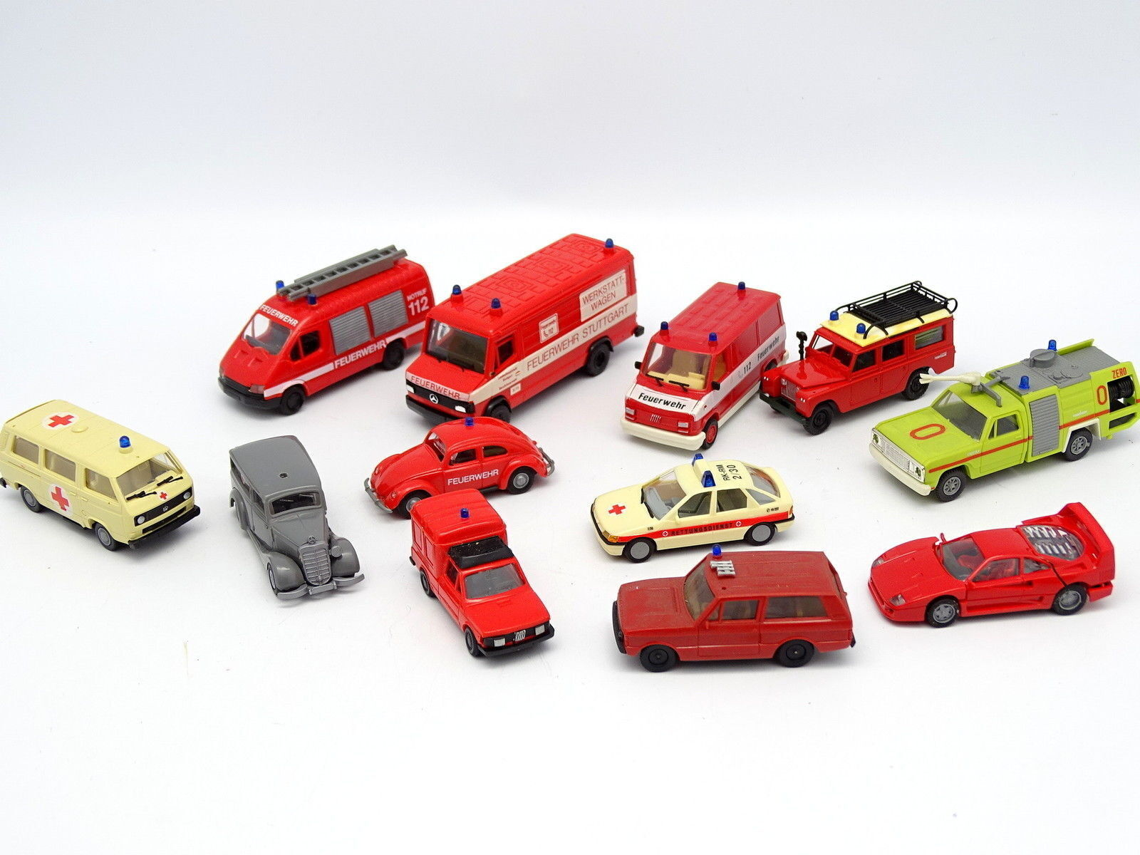 Divers 1 87 HO - - - Lot de 12 véhicules Pompiers Feuerwehr   Fiat Land Rover Ford e2ab11